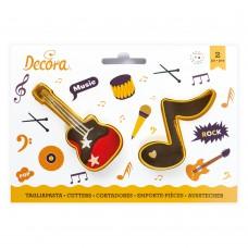 Sausainių formelės nata ir gitara