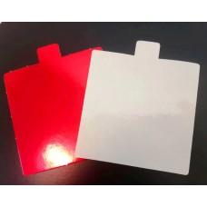 Kvadratiniai padėkliukai desertams balta/raudona